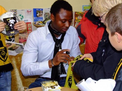 Alemannia Aachen Spieler Sichone (Nationalspieler Sambia) Dezember 2006